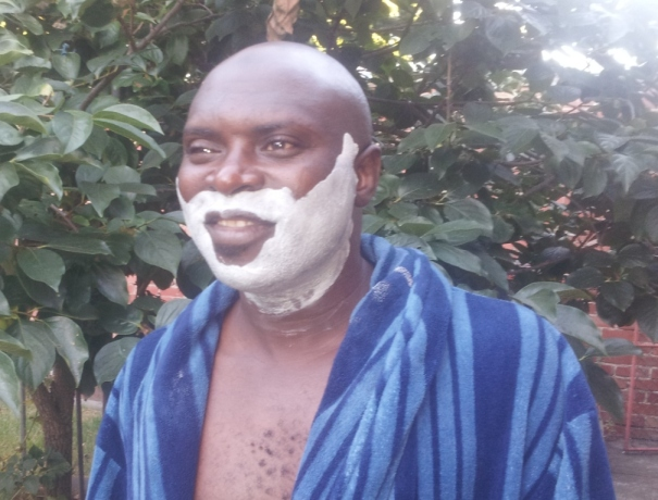 Shaving the Nigerian way