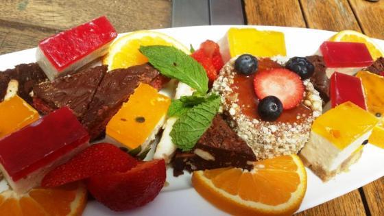 Restaurant Dessert Tray